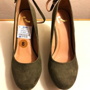 Olive green wedges size 8